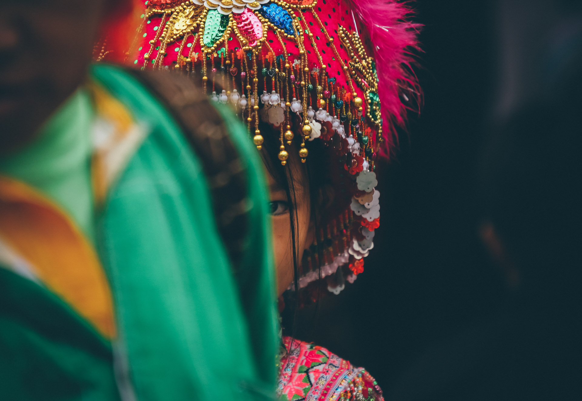Bé gái Mông